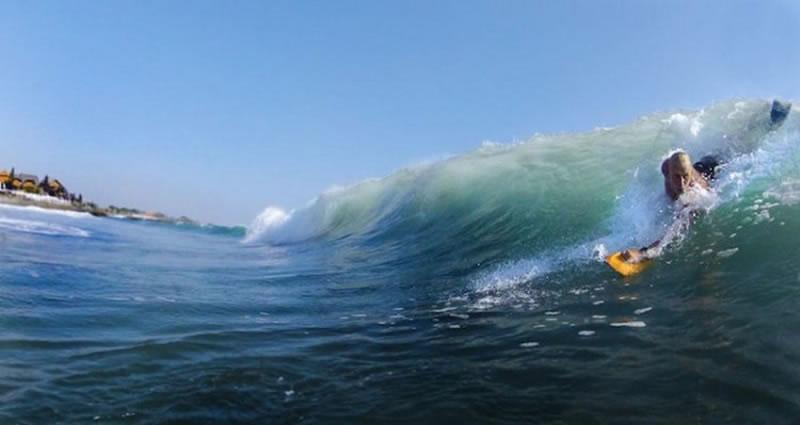 Bodysurfing handplane 01
