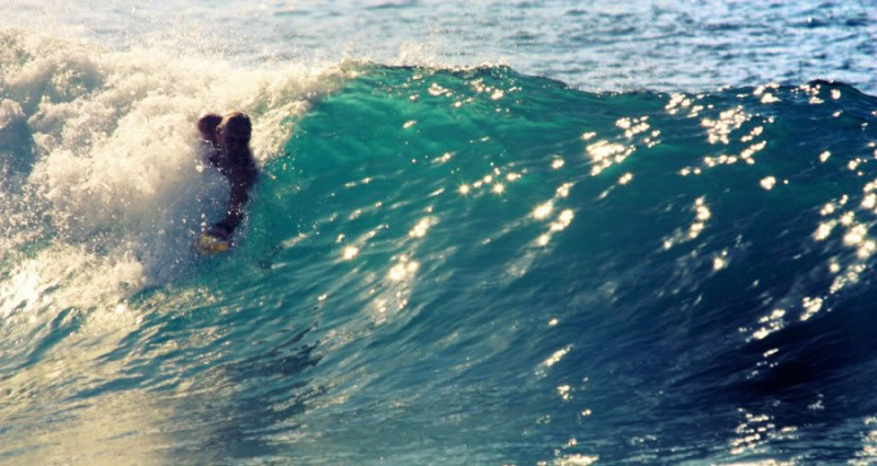 Bodysurfing handplane 02
