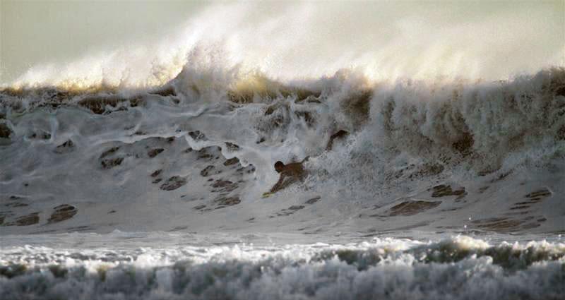 Bodysurfing handplane 04