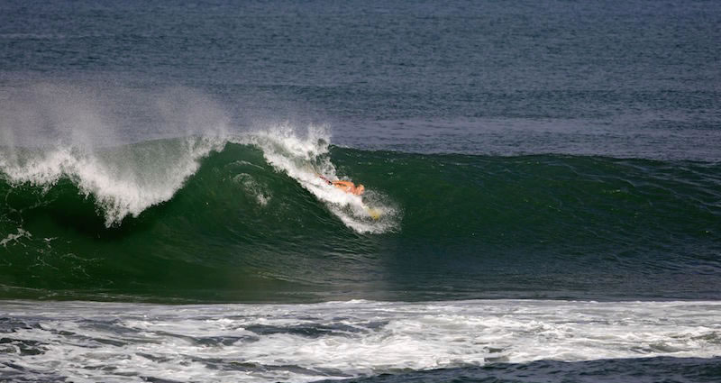 Bodysurfing handplane 05